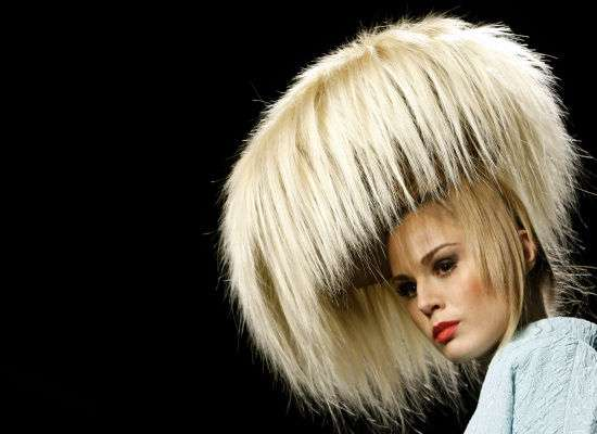 over-the-top-hairdo-lorenzo-riva-spring-runway-2010