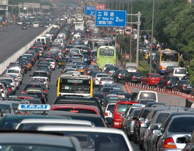 the-longest-traffic-jam-in-history-12-days-62-mile-long-47237_3
