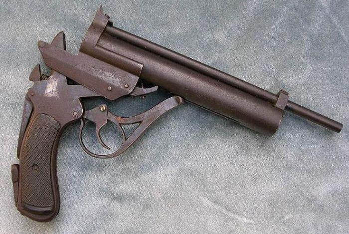 strange_weapons_12
