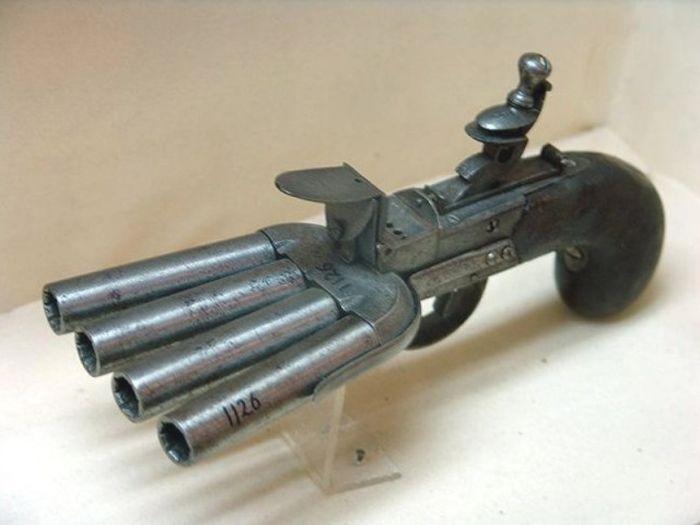 strange_weapons_23