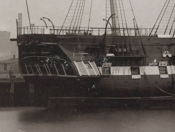 wooden_ships_13