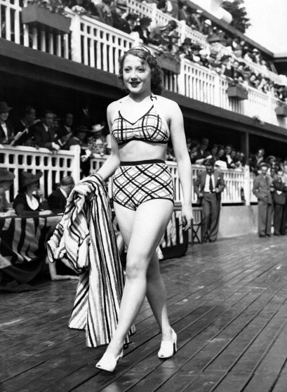 Fashion Show At The Molitor Swimming Pool