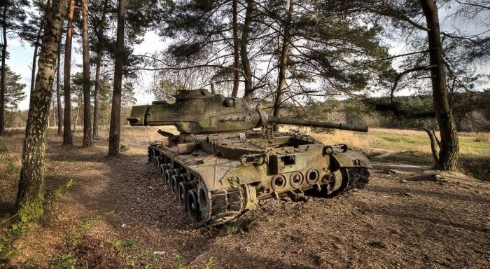 abandoned_tanks_09