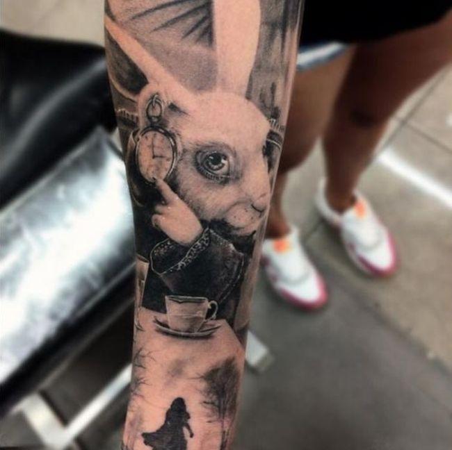 drew_apicture_tattoo_15