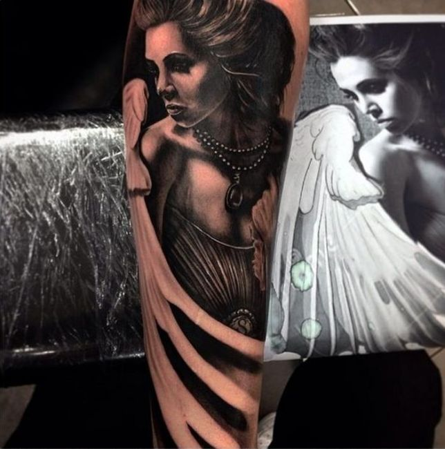 drew_apicture_tattoo_33
