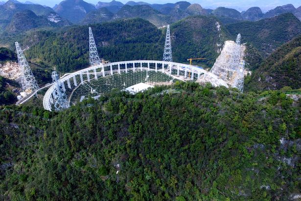 FAST-Telescope-in-China (1)