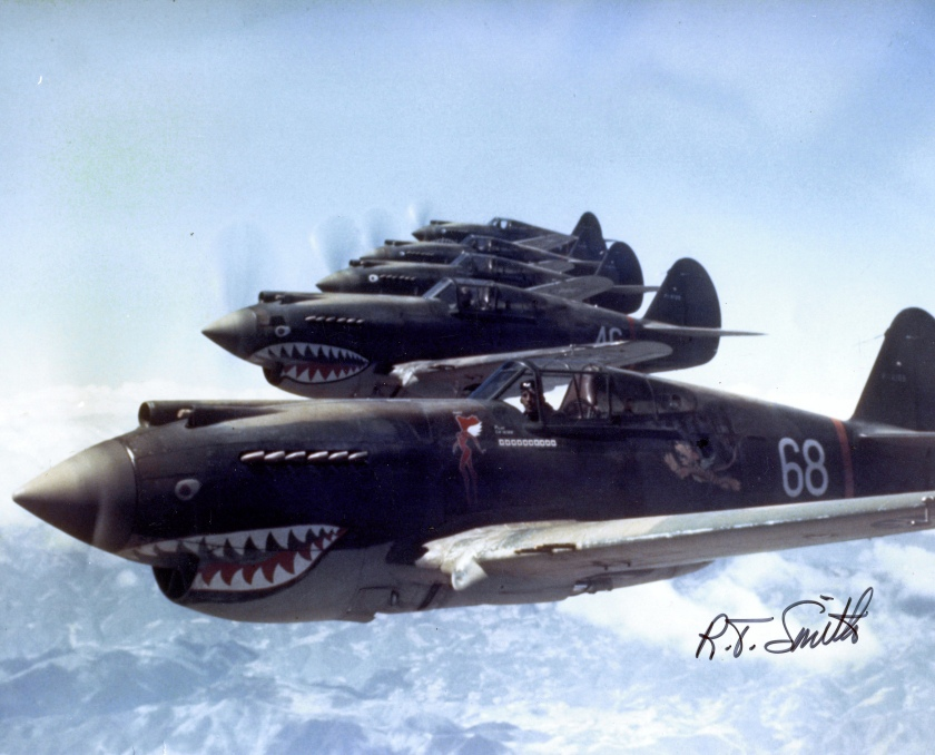 Hells_Angels,_Flying_Tigers_1942