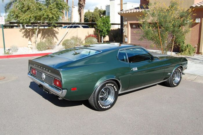 muscle_car_25