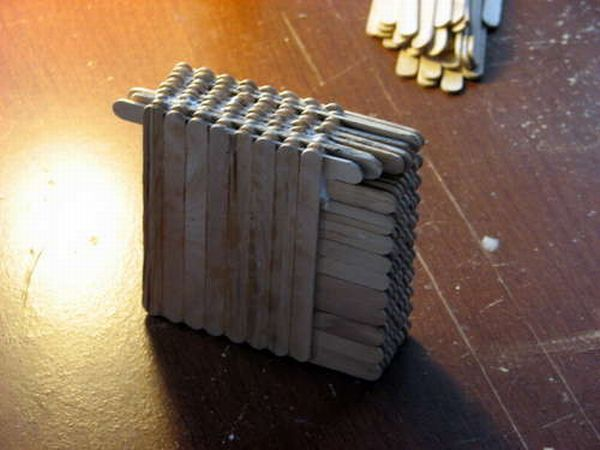 guitar_made_with_popsicle_sticks_07