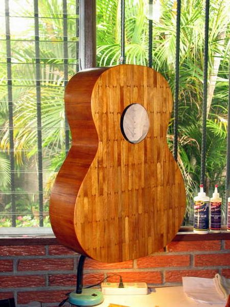guitar_made_with_popsicle_sticks_14