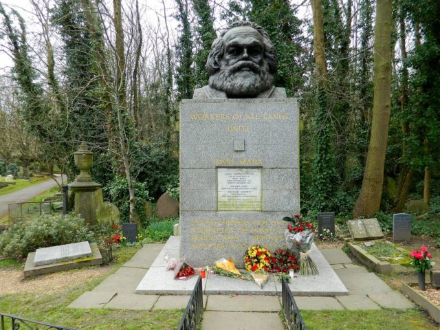 Karl-Marx-grave-East-Cemetery.-Photo-Credit-640x480