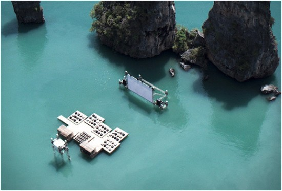 archipelago-floating-cinema-2-550x373