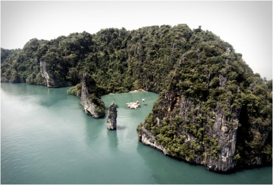 archipelago-floating-cinema-3-550x373