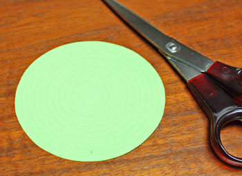 cut-paper-circle-step-1-cut-circle