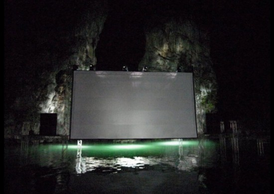 Floating-Movie-Theater-121-740x526-550x390