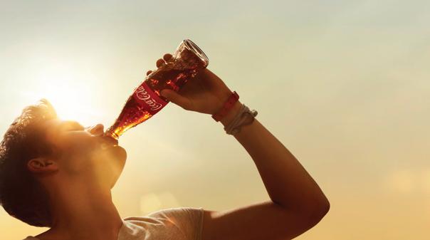 cagny-man-drinking-coke-bottle-604-604-337-5ffe76a9