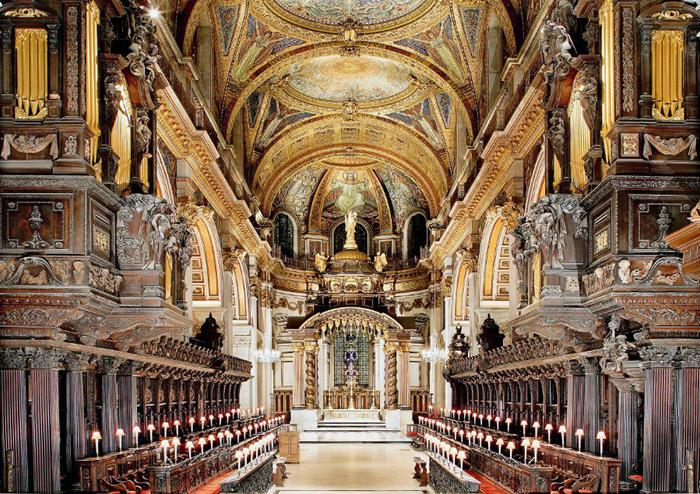 Interior_St_Pauls_Cathedral_132_12992