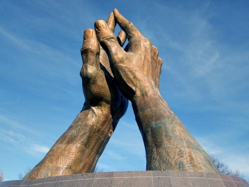 Maini sculptate (15)