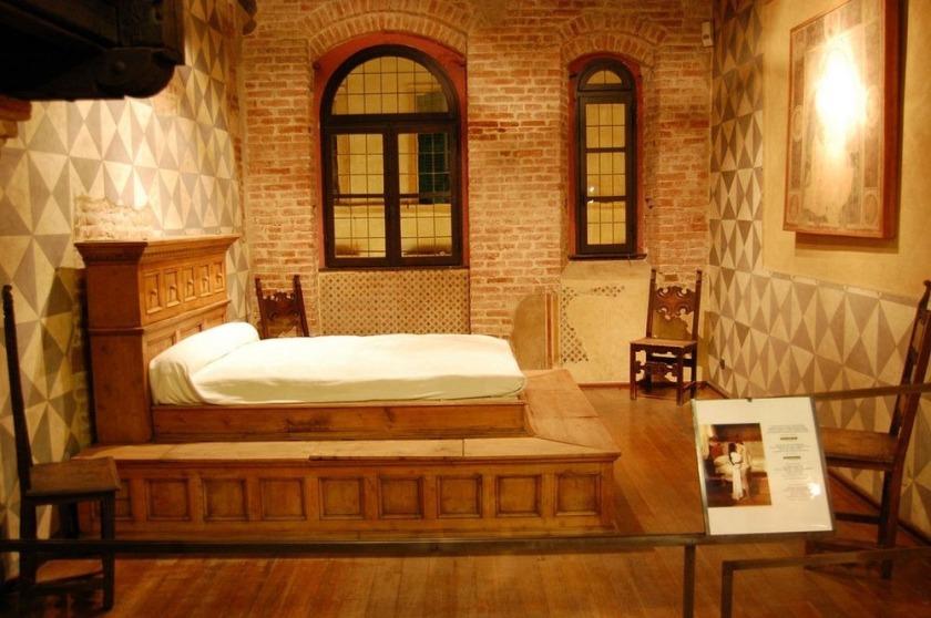 Casa Julietei 3shat (2)