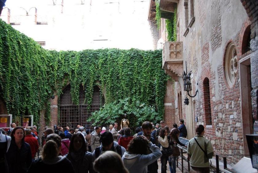 Casa Julietei 3shat (4)