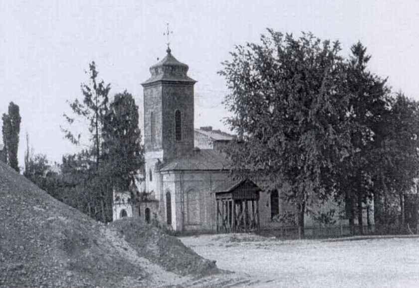 biserica-alba-postavari-inainte-de-demolare