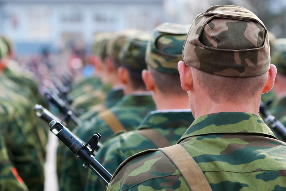 Experimentul eșuat al ideii de par lung in armata