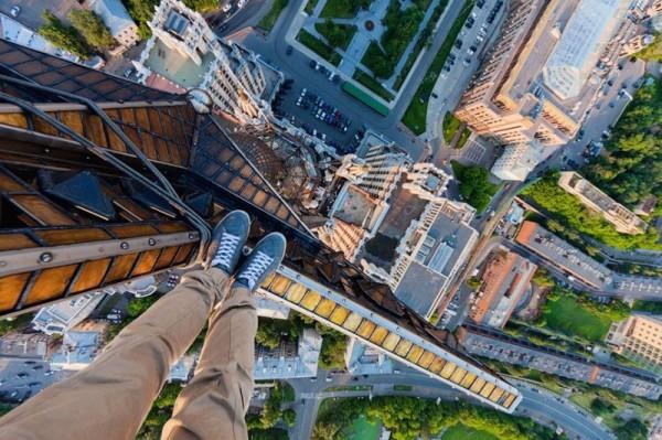 Cateva poze de pe cele mai inalte cladiri din Rusia